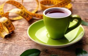 čaje na hubnutí v šálce a metr