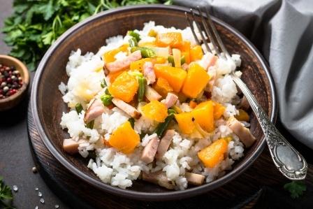 rizoto s dyni zeleninou a slaninou